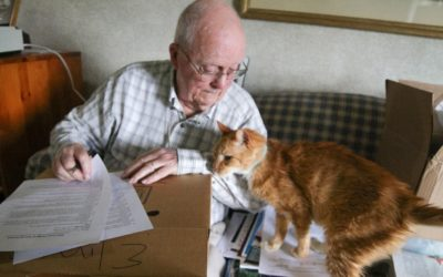 Foster Program Helps Senior Pets Connect With Seniors