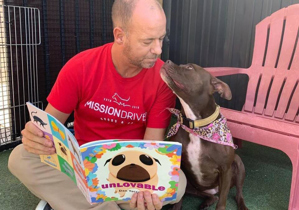 Man Becomes Roommate With Shelter Dog to Raise Adoption Awareness